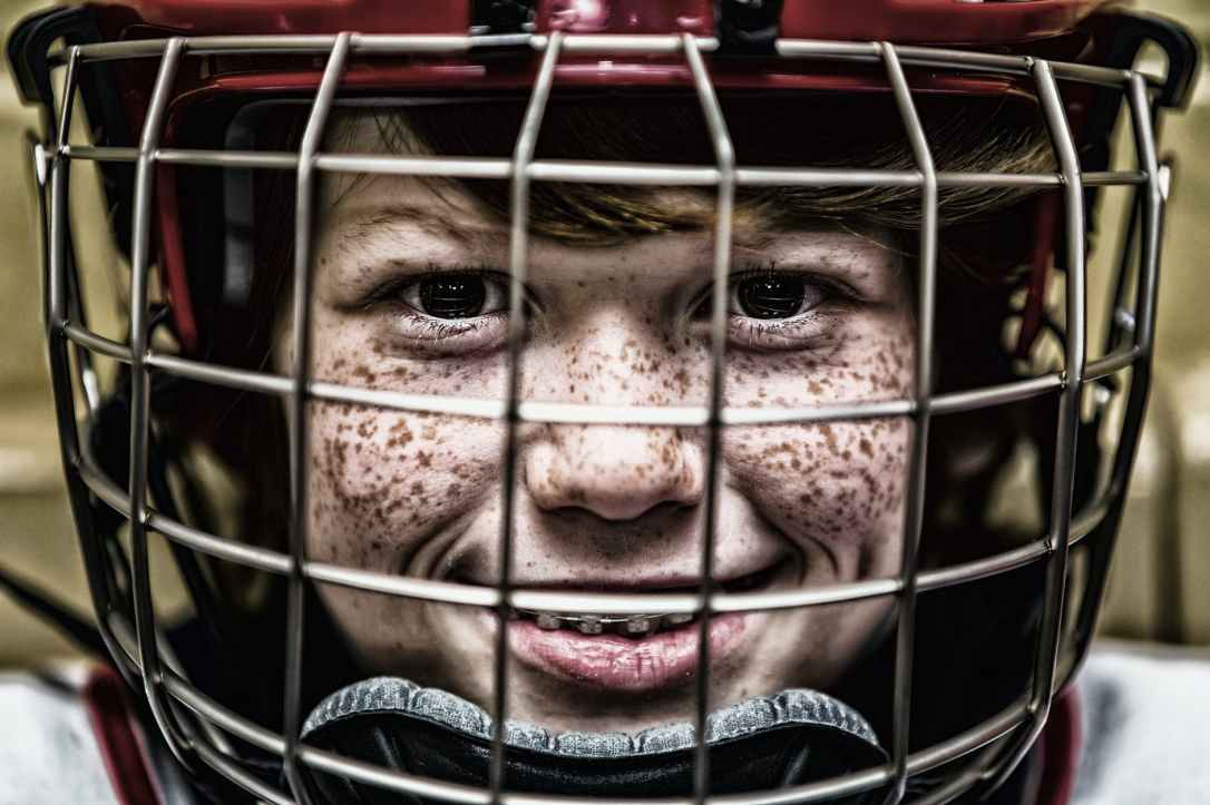 hockey-helmet-face-sport-45168.jpeg