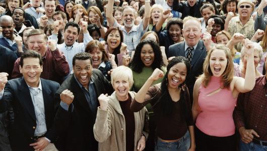 happy-crowd